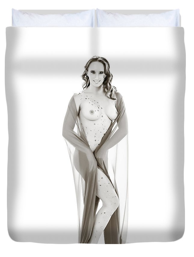 Nude Woman Duvet Cover featuring the photograph Nude Model 1431.009 by Kendree Miller