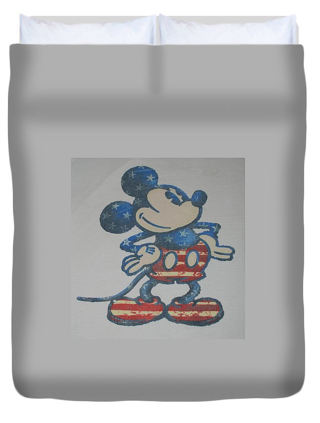Disney Duvet Cover featuring the photograph American Mouse by Rob Hans