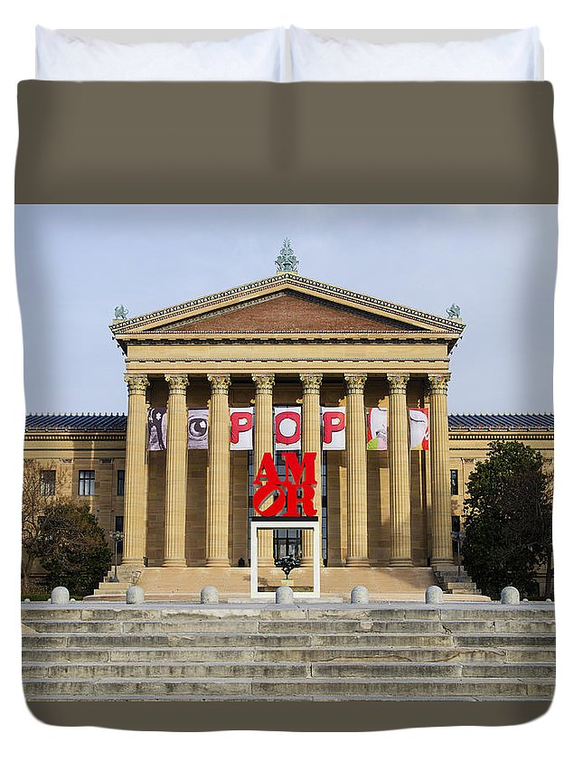 Amore Duvet Cover featuring the photograph Amore - The Philadelphia Museum Of Art by Bill Cannon