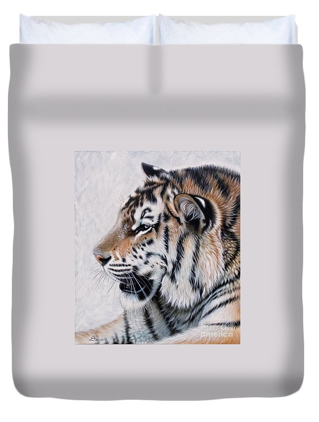 Acrylic Duvet Cover featuring the painting Amur by Sandi Baker