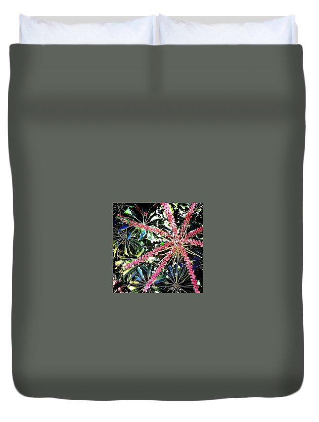 Duvet Cover featuring the photograph An Ispy by Jennifer Virag