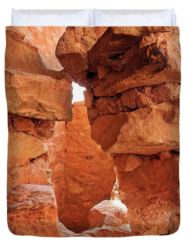 Cliff Dwellings Duvet Cover featuring the photograph Anasazi Cliff Dwellings #8 by Lorraine Baum