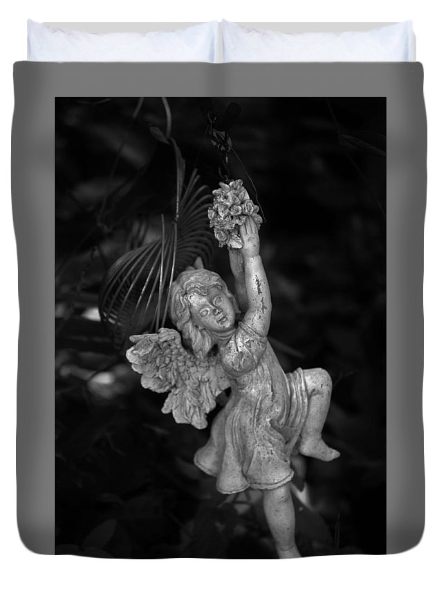 Statue Duvet Cover featuring the photograph Angel Statue Hanging On by Kathy Kirkland