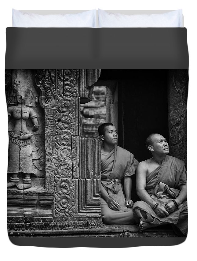 Angkor Duvet Cover featuring the photograph Angkok Wat Buddhist Monks Gather by David Longstreath