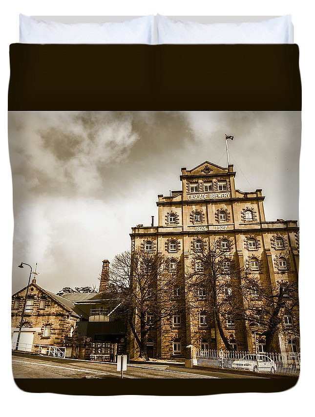 Building Duvet Cover featuring the photograph Antique Australia Architecture by Jorgo Photography - Wall Art Gallery