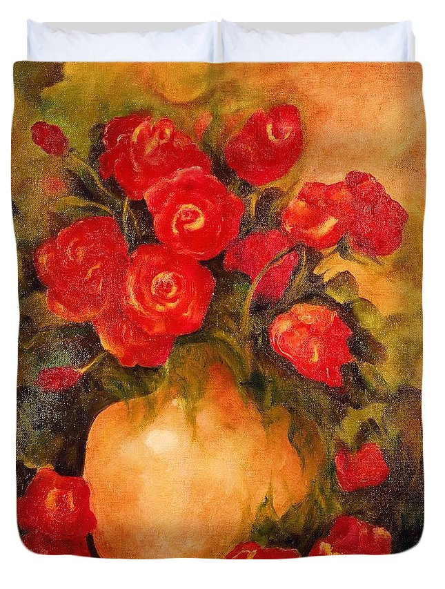 Red Roses In Vase Duvet Cover featuring the painting Antique Red Roses by Jordana Sands