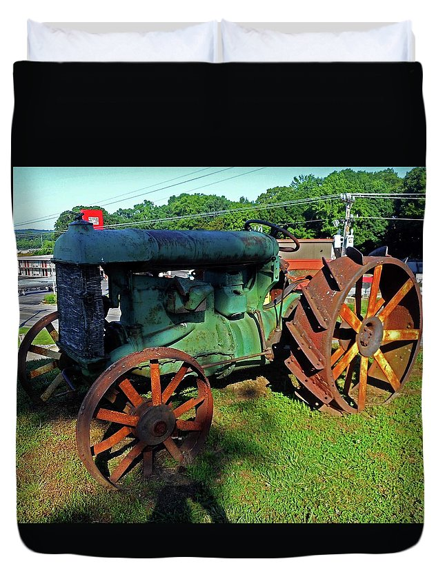 Hurricane Mills Duvet Cover featuring the photograph Antique Tractor 3 by Ron Kandt