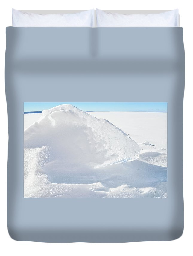 Apostle Islands National Lakeshore Duvet Cover featuring the photograph Apostle Islands Ice by Kyle Hanson