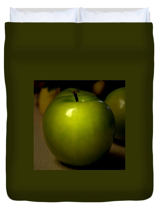 Green Apples Duvet Cover featuring the photograph Apple by Linda Sannuti