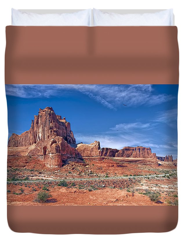 Park View Land Landscapes Mountains Rocks Duvet Cover featuring the photograph Arches Nat Park Utah by LOsorio Photography