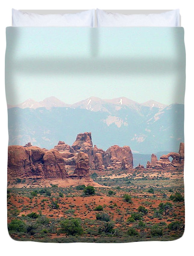 Arches National Park Duvet Cover featuring the photograph Arches National Park 19 by Dawn Amber Hood