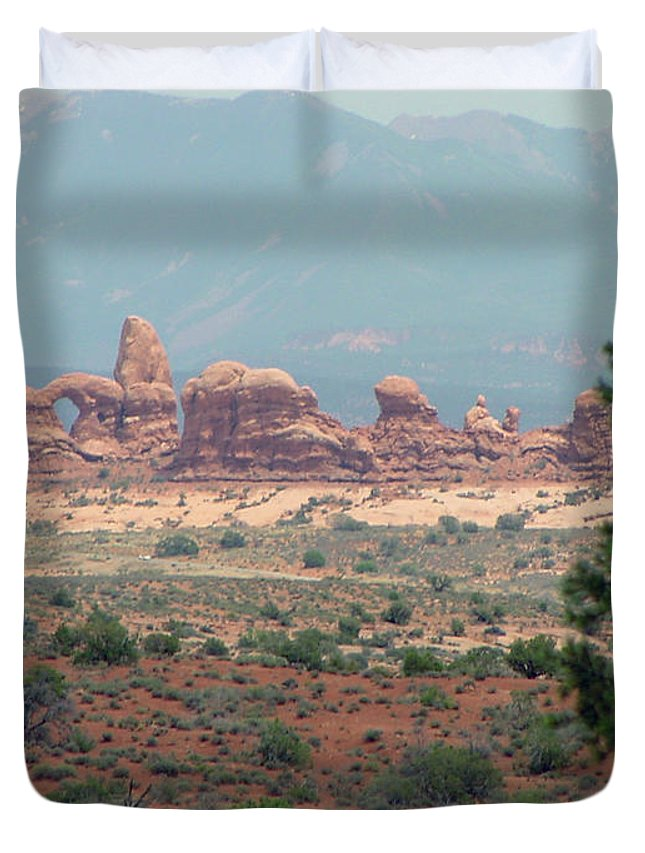 Arches National Park Duvet Cover featuring the photograph Arches National Park 20 by Dawn Amber Hood