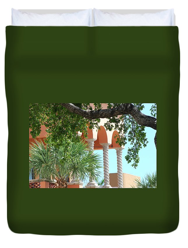 Architecture Duvet Cover featuring the photograph Arches Thru The Trees by Rob Hans