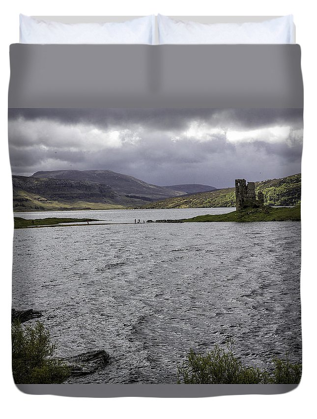Ardvreck Duvet Cover featuring the photograph Ardvreck Castle by Fran Gallogly