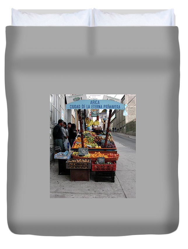 Arica Duvet Cover featuring the photograph Arica Chile Fruit Stand by Brett Winn