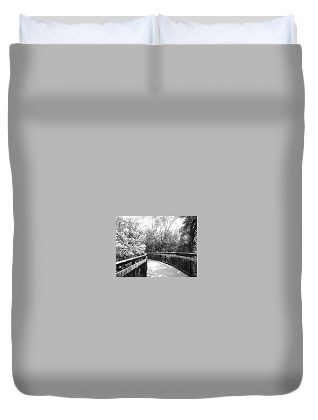 Black And White Duvet Cover featuring the photograph Around The Corner by Lindsay Warren