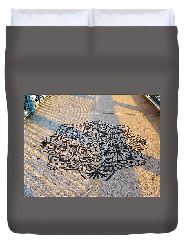 Karen Silvestri Duvet Cover featuring the photograph Art On Manhattan Bridge by Karen Silvestri