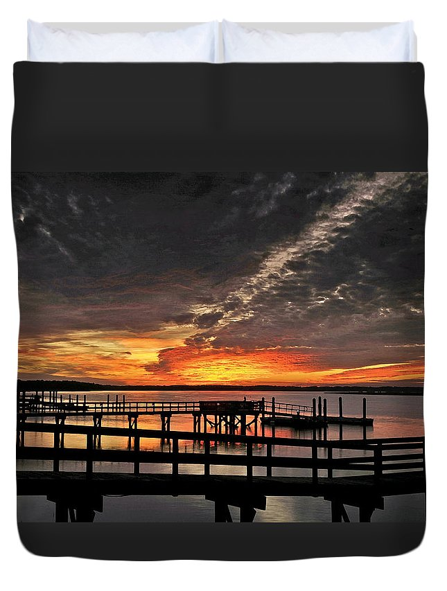 Sunset Duvet Cover featuring the photograph Artistic Black Sunset by Phill Doherty