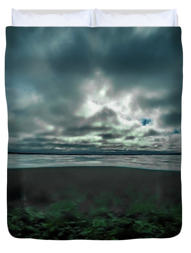 Underwater Duvet Cover featuring the photograph Hostsaga - Autumn tale by Nicklas Gustafsson