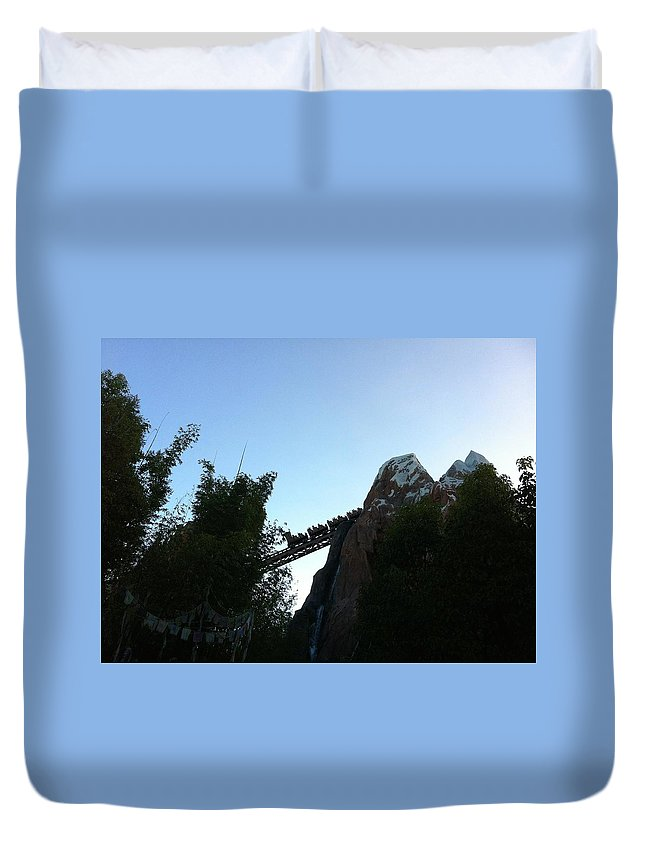 Everest Duvet Cover featuring the photograph Ascent by Jennifer Raines