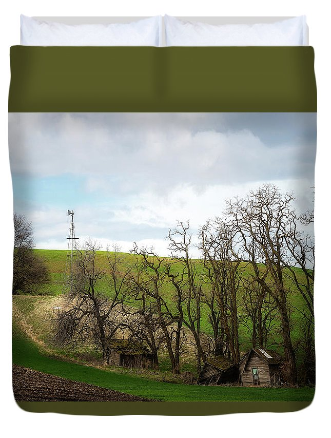 Palouse Duvet Cover featuring the photograph Ashes To Ashes by Ryan Manuel
