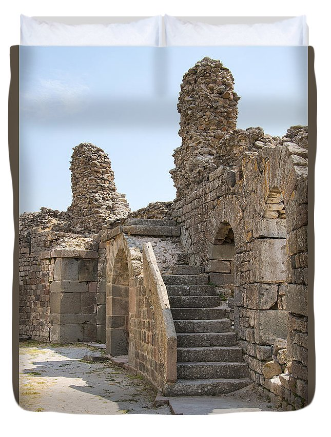 Bergama Pergamon Turkey Asklepion Ancient Asklepios Temple Ruins Temples Ruin Stone Stones Architecture Structures Structures Landmark Landmarks Place Of Worship Places Of Worship Duvet Cover featuring the photograph Asklepios Temple Ruins View 2 by Bob Phillips