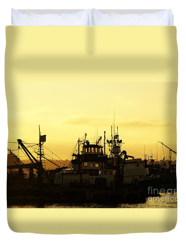 San Diego Duvet Cover featuring the photograph At Days End by Linda Shafer