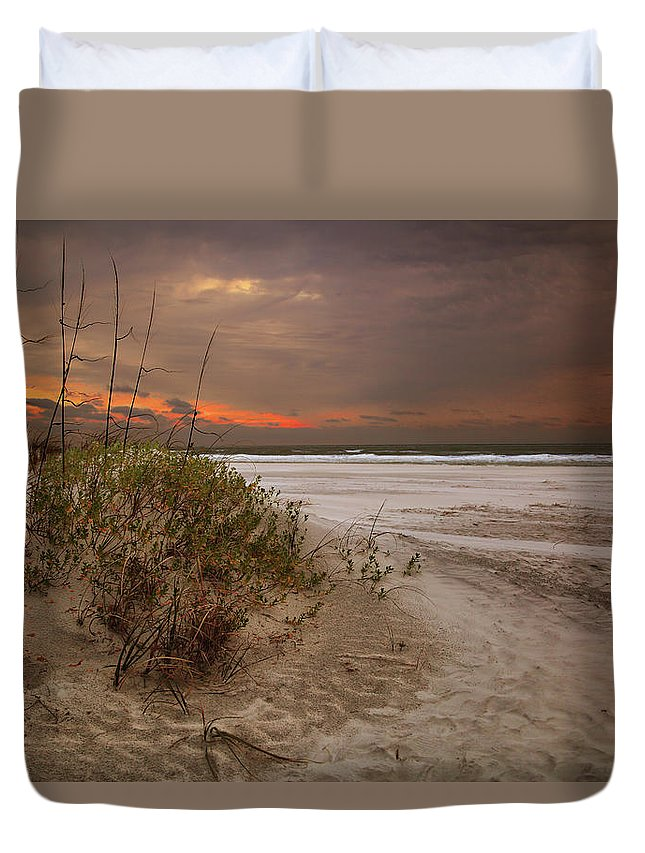 Tungsten Duvet Cover featuring the photograph Atlantic by Gary Yost
