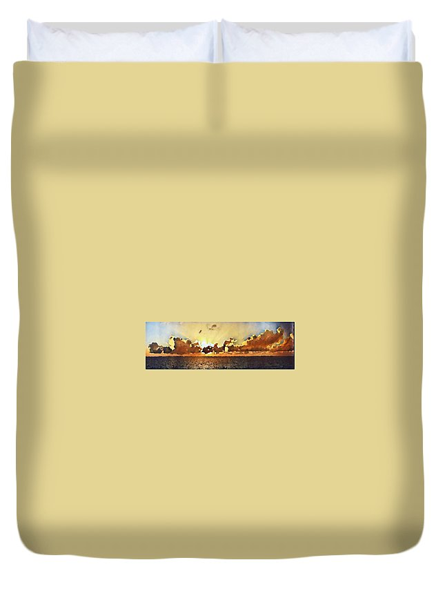 Atlantic Ocean Duvet Cover featuring the photograph Atlantic Ocean Sunset In Oil by Paulo Guimaraes
