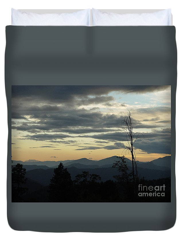 Atmospheric Duvet Cover featuring the photograph Atmospheric Perspective by Peter Piatt