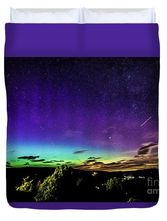 Aurora Duvet Cover featuring the photograph Aurora In Yorkshire by Sandra Cockayne