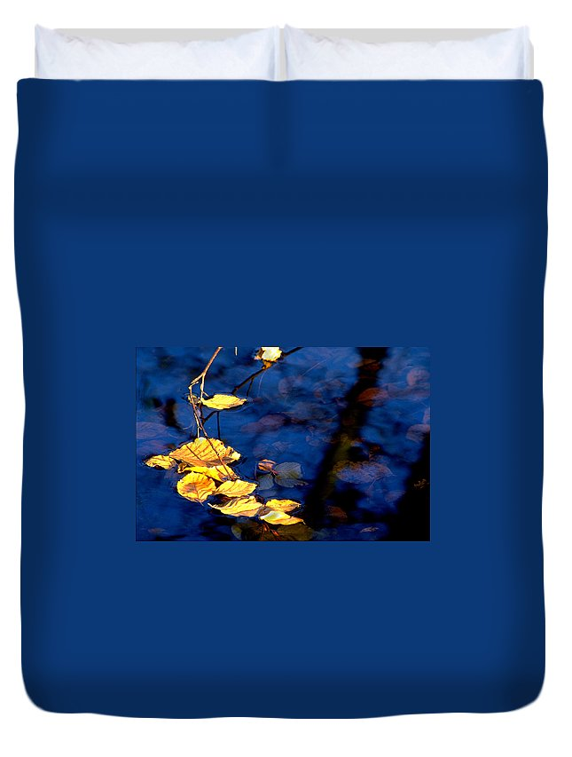 Leaves Duvet Cover featuring the photograph Autum Leaves by Michael Mogensen