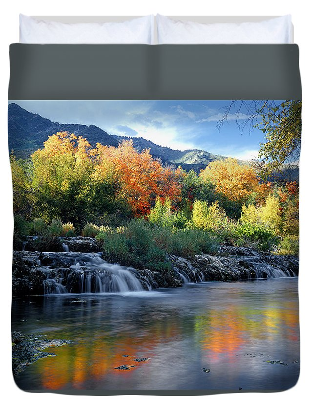 Cascade Springs Duvet Cover featuring the photograph 212m47-autumn At Cascade Springs by Ed Cooper Photography