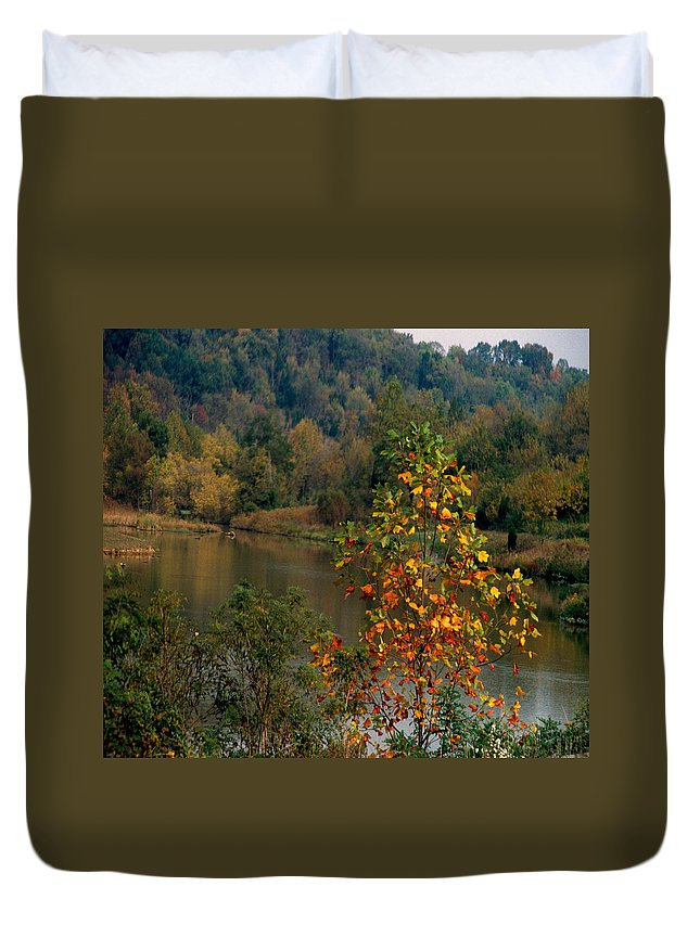 Fall Colors Duvet Cover featuring the photograph Autumn Colors by Gary Wonning