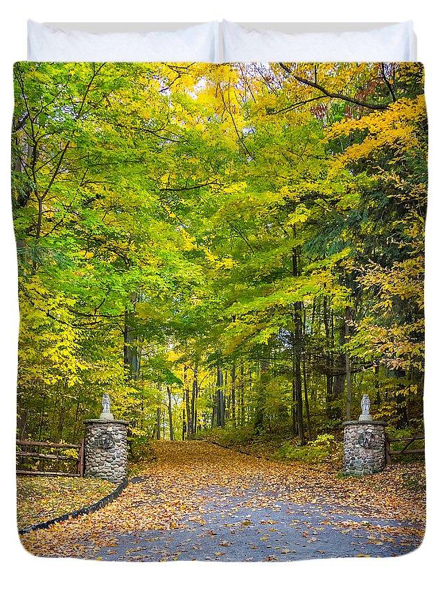 Steve Harrington Duvet Cover featuring the photograph Autumn Entrance 3 by Steve Harrington