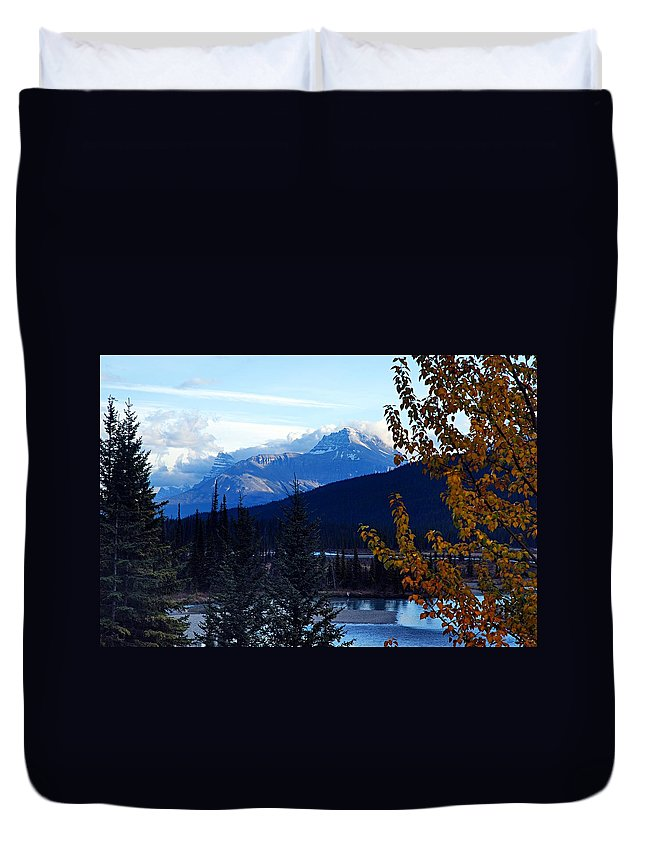 Banff National Park Duvet Cover featuring the photograph Autumn In The Mountains by Larry Ricker