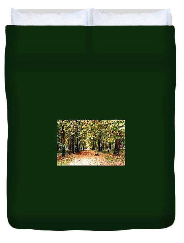 Autumn Duvet Cover featuring the photograph Autumn In The Park by Nancy Mueller
