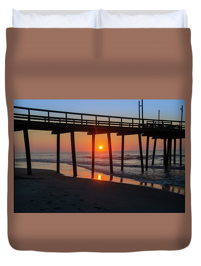 Avalon Duvet Cover featuring the photograph Avalon Sunrise - 32nd Street Pier by Bill Cannon