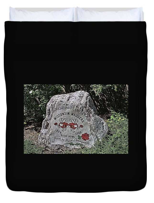 Camp Randall Duvet Cover featuring the photograph Badgers Rose Bowl Win 2000 by Tommy Anderson