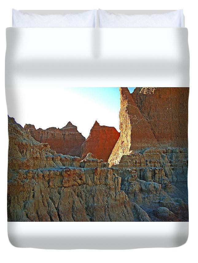 Shadows Duvet Cover featuring the photograph Badlands Sunset by Glenn W Smith
