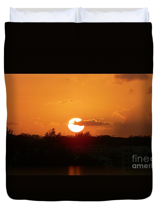 Bahamas Duvet Cover featuring the photograph Bahamian Sunset by Gina Sullivan