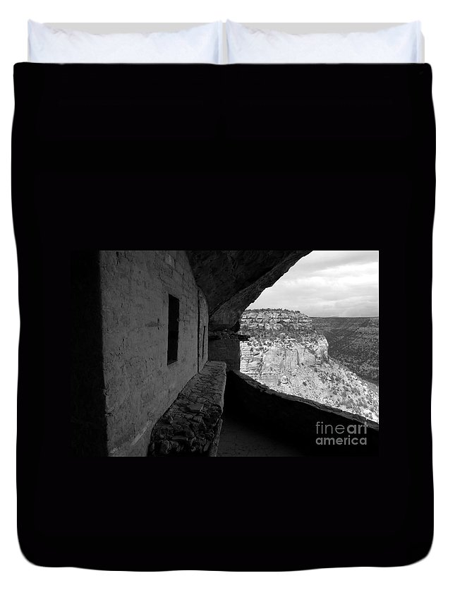 Balcony House Duvet Cover featuring the photograph Balcony House by David Lee Thompson