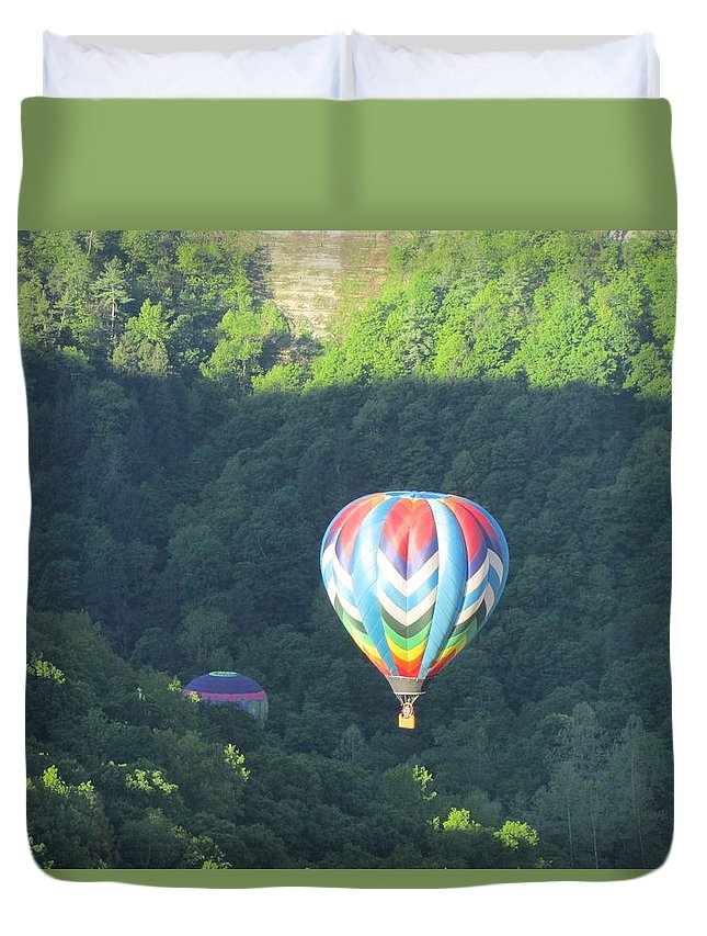 Hot Air Balloons Letchworth State Park Genesee River Gorge Duvet Cover featuring the photograph Balloons Over Letchworth by Joseph Rennie