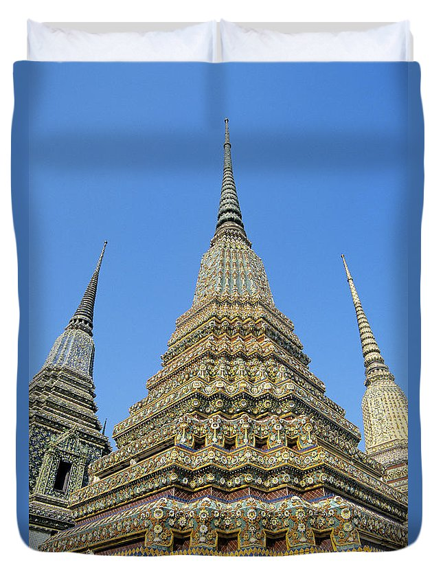 Architectural Duvet Cover featuring the photograph Bangkok, Wat Po by Gloria & Richard Maschmeyer - Printscapes