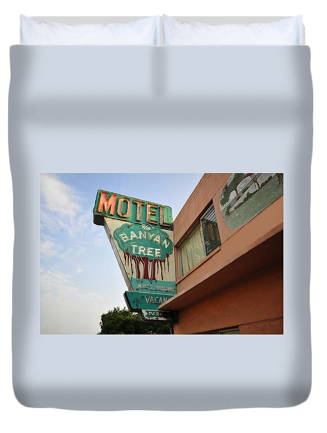 Fine Art Photography Duvet Cover featuring the photograph Banyan Tree Motel by David Lee Thompson