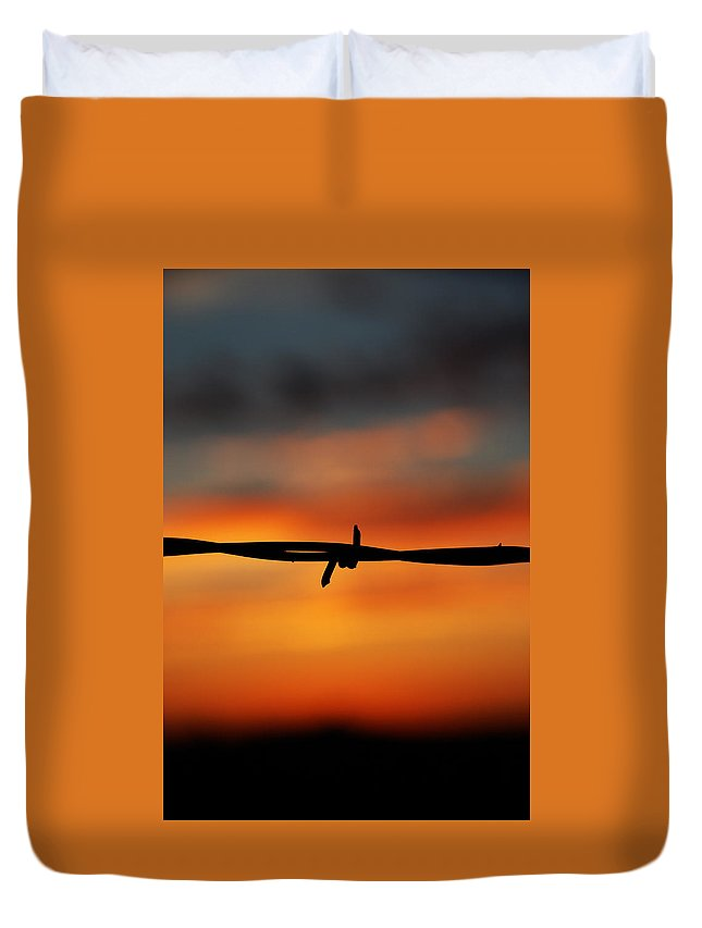 Barbwire Sunset Arizona Abstract Landscape Duvet Cover featuring the photograph Barbwire Sunset by Kelly Wade