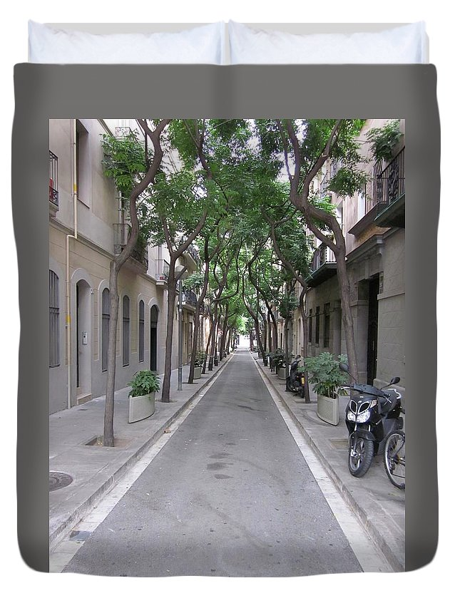Barcelona Duvet Cover featuring the photograph Barcelona Barrio by Kat Cortez