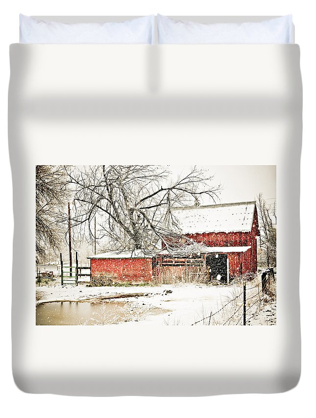 Americana Duvet Cover featuring the photograph Barn And Pond by Marilyn Hunt