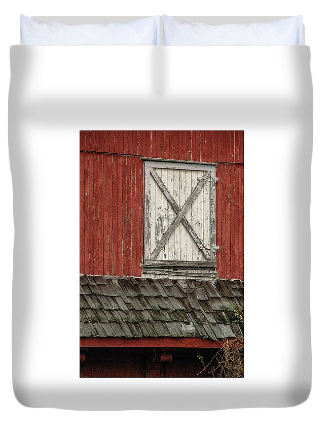 Barn Door Red Rustic Worn Down Farm Country New Jersey Duvet Cover featuring the photograph Barn Door by Steven Riker