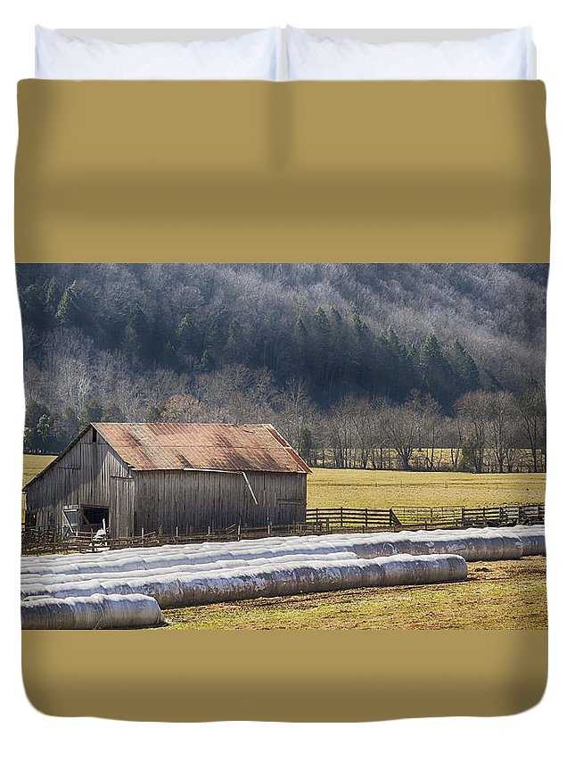 Old Barn Duvet Cover featuring the photograph Barns Of Mendota by Dion Wiles